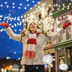 Beat the Holiday Blues: 7 Tips for Staying Happy & Healthy During the Season